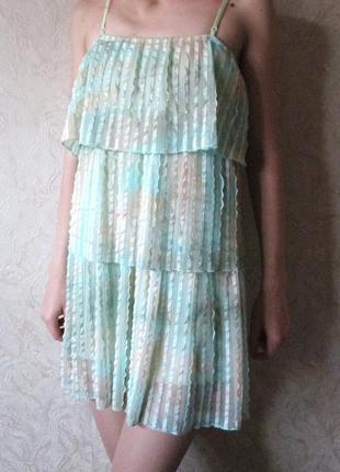 Нежное мятное платье sensi usa размер s