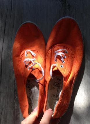 Оранжевые легкие кеды atmosphere