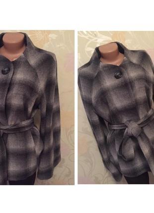 Дизайнерское пальто от et vous