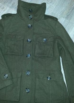 Демисезонное   пальто,  размер 40