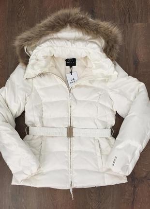 Пуховая куртка deha( италия)