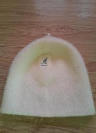 Стильная шапочка,теплая