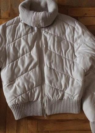 Зимняя короткая куртка-бомбер