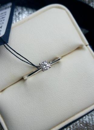 Очень нежное кольцо серебро 925 пробы, размер 17.5