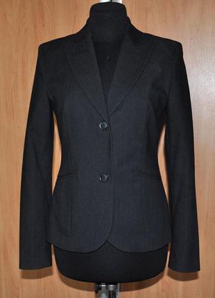 Темно-серый брючный костюм двойка esprit