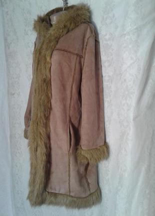 Пальто из искусственного меха песочного цвета,м -l.