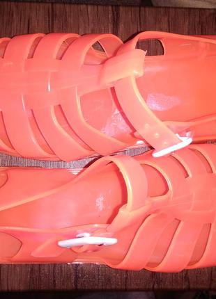 Трендовые силиконовые босоножки размер 41-42