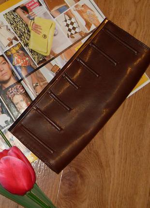 Клатч шоколадно коричневого кольору toscablu