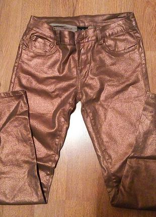 Крутые бронзовые джинсы
