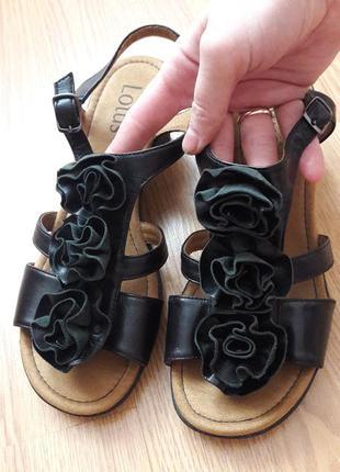 Сандали гладиаторы кожаные босоножки на платформе lotus 11163