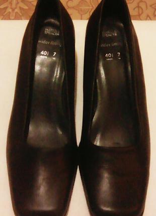 Кожаные туфли (на широком каблуке) 27см. по стельке
