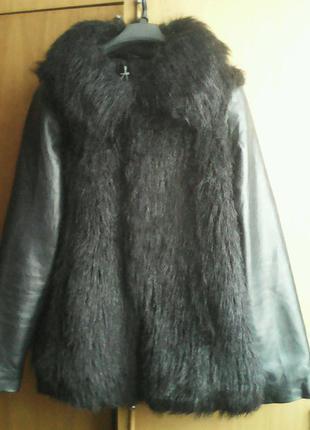 Стильная меховая куртка