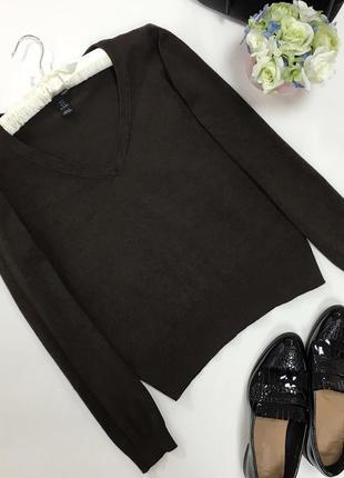 Брендовый свитерок с v-образным вырезом sale!!!