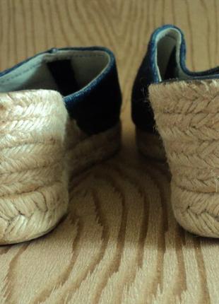 Skechers обувь каталог