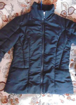 Демисезонна курточка marani, розмір м