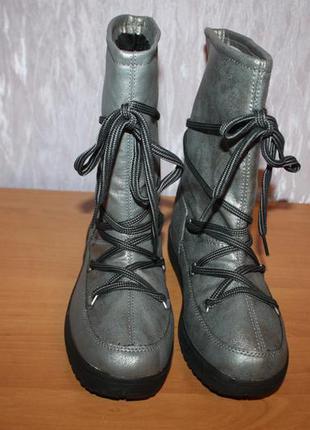 Жіночі зимові чобітки (сапоги) дутіки,луноходи, уггі crane (німеччина)2