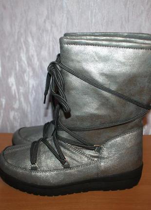 Жіночі зимові чобітки (сапоги) дутіки,луноходи, уггі crane (німеччина)1