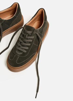 Новые кожаные кроссовки zara
