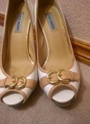 Туфли на высоком каблуке steve madden