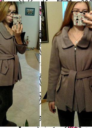 Стильне пальто на синтипоновій підкладці