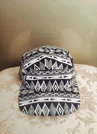 Пятипанельная кепка снепбек из top shop