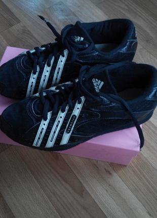 Кожаные кроссовки adidas techstar