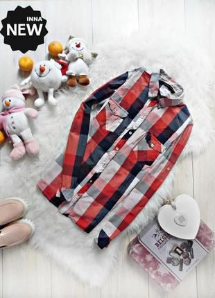 Будь яскравою у модній сорочці zara