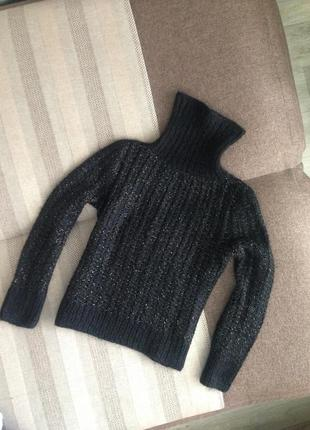 Красивый и теплый свитер шерсть