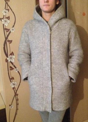 Пальто шерстяное зимнее zara