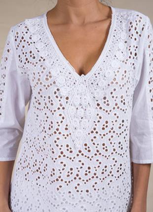 Блуза батист с вышивкой прошва