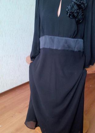 Черное , легкое, летящее вечернее платье.