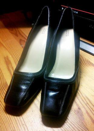 Туфли кожаные marks&spencer(великобрит.),р.39(25см по стельке),чёрные