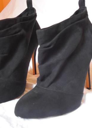 Ботильоны фирмы bershka, ботинки bershka, ботинки на каблуке бершка
