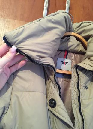 Красивая  двойная куртка пальто очень крутая