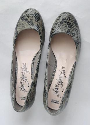 Туфли m&s uk 7 р. 41 на стопу 26 см