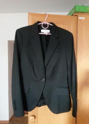 Новый костюм zara с бирками