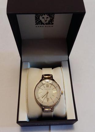 Новые  часы anne klein, оригинал из америки на ценнике 65 долларов
