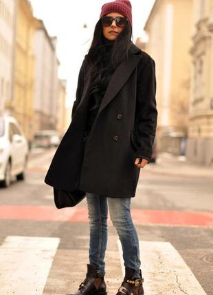 Шерстяное пальто бойфренд  оверсайз свободного прямого кроя