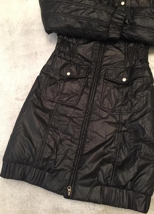 Finn flare черное полупальто, пальто с капюшоном на синтепоне демисезон (до -5)