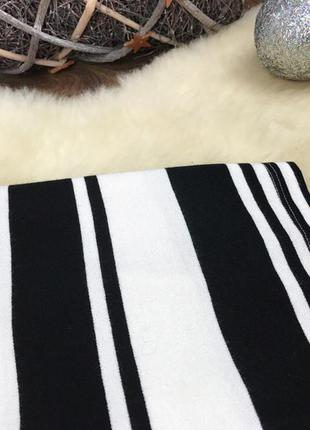 Трендовая юбка-карандаш в крупную черно-белую полоску     ki5104    stradivarius2