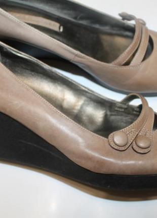 43 разм. фирменные туфли next sole reviver. кожа. made in vietnam
