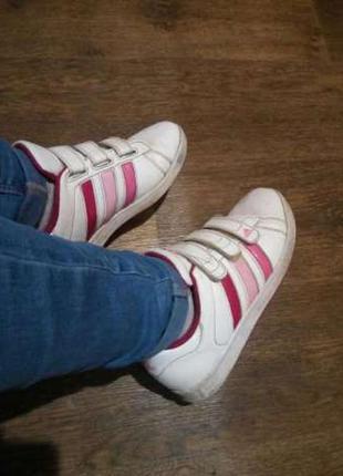Шкіряні кросівки adidas