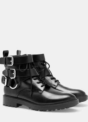 Новые ботинки stradivarius