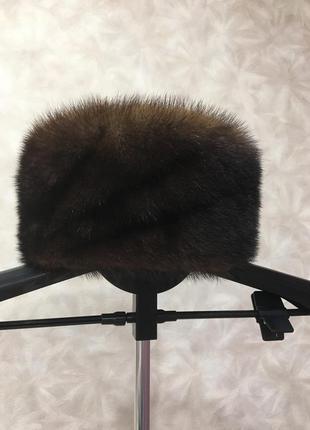 Норковая шапка почти новая недорого