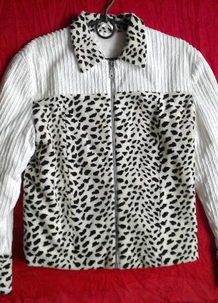 Цікава курточка долматинець