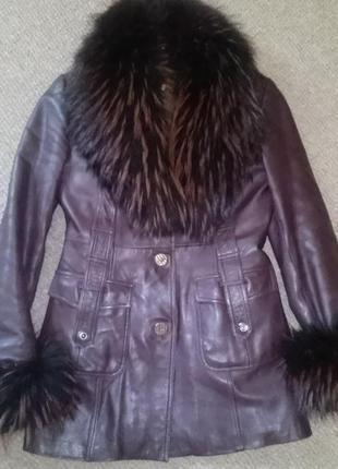 Натуральная дубленка, куртка из кожи с мехом енота и подстежкой кролика