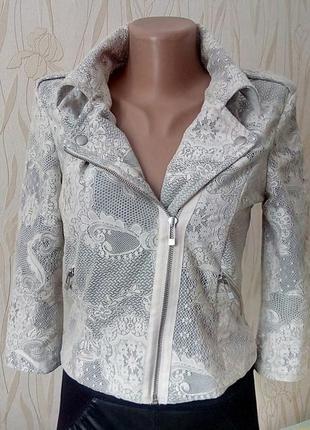 Стильный ажурный пиджак-косуха river island.