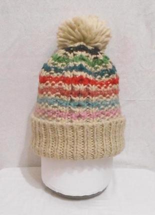 Трикотажная шапка крупной вязки с помпоном