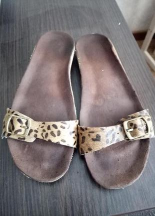 Шльопки шлeпки сандали