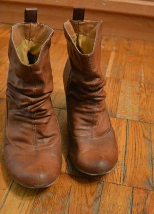 Осенние ботинки на каблуке tally weijl